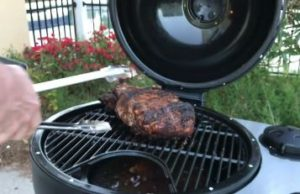 Kamander charcoal grill